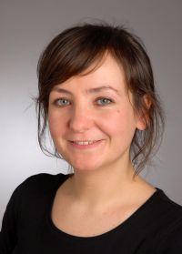 (c) Eugenia Larjow